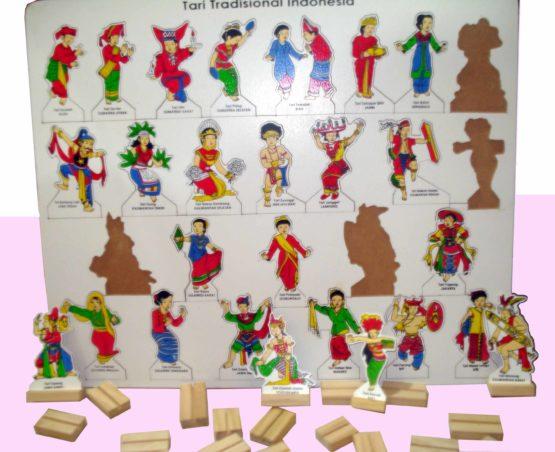 Puzzle Tarian Adat 34 Provinsi