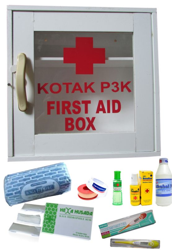 Kotak P3K + Isi